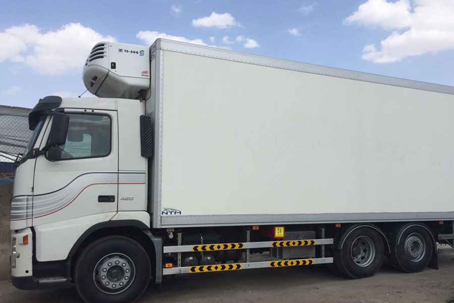 chiller truck hire dubai refrigerated transport dubai